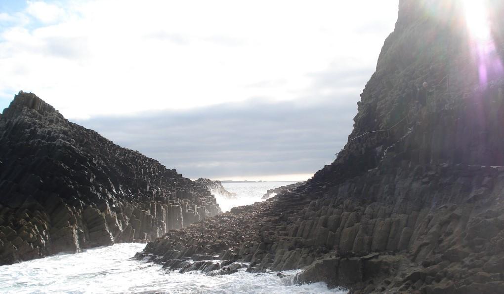 Staffa Cliff