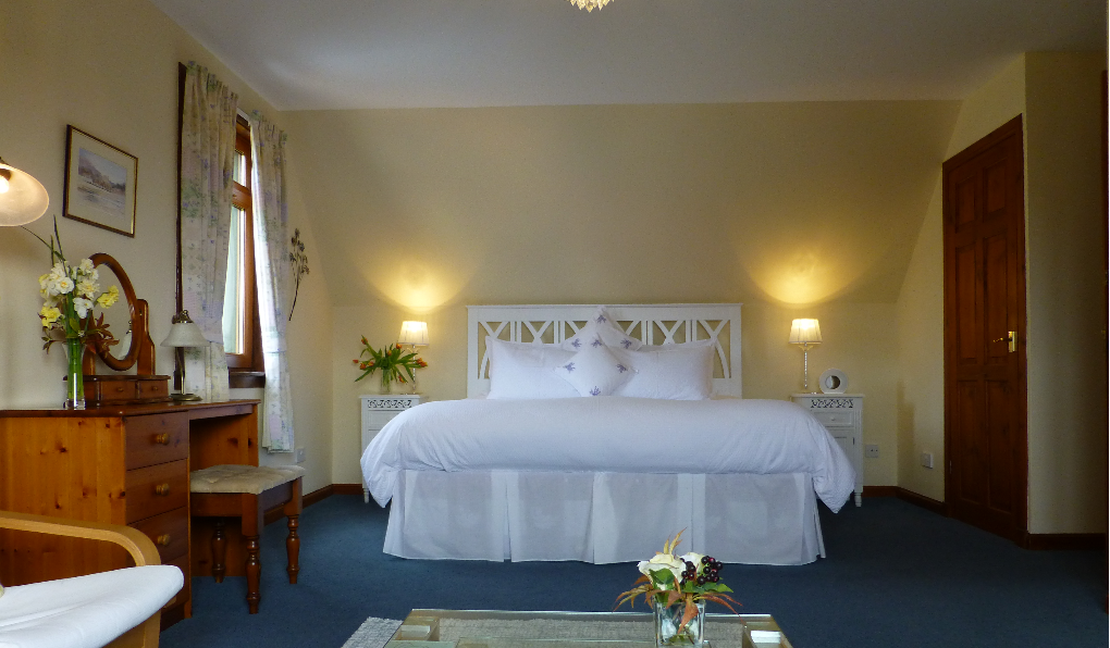 """""""Tobermory"""" bedroom with a super king bed"""